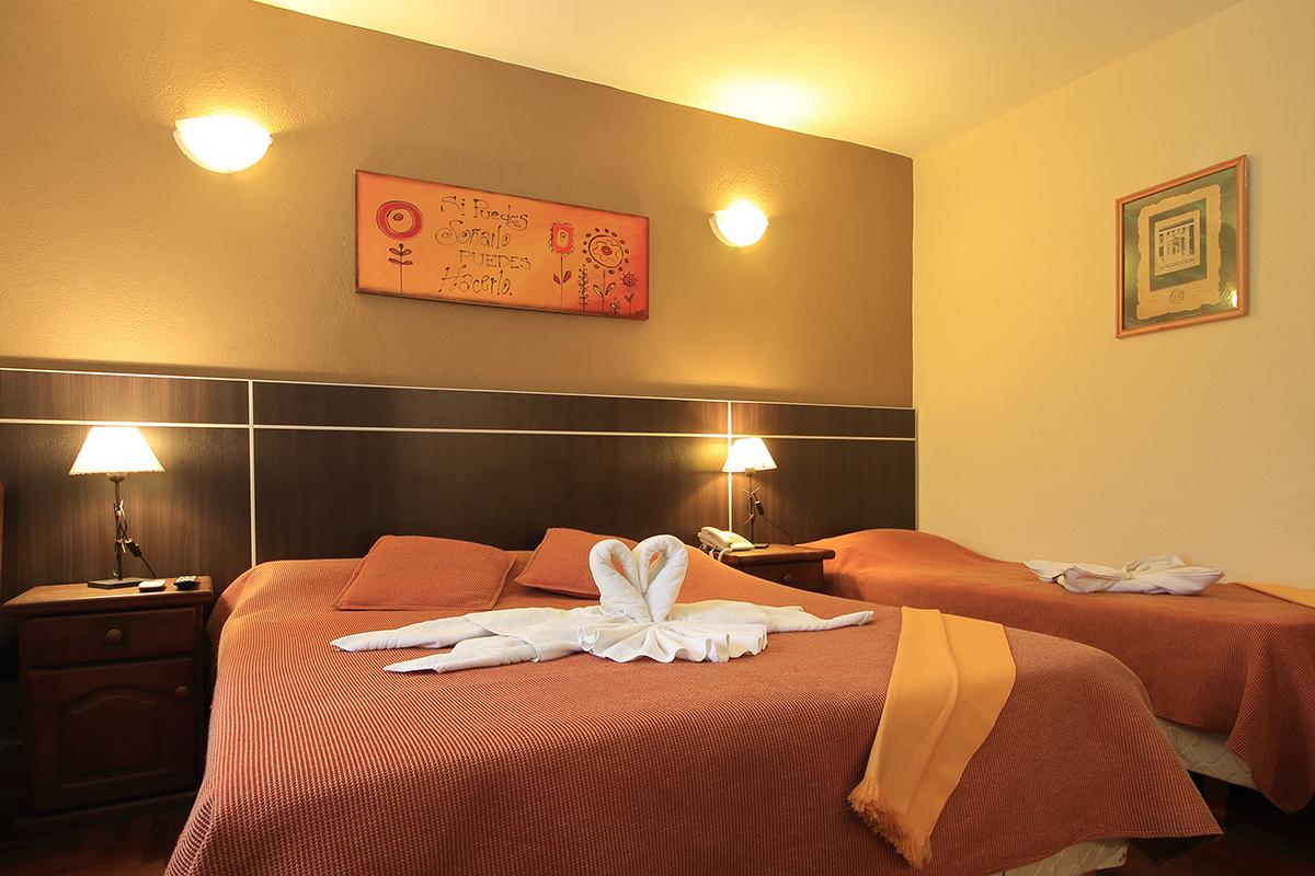 http://www.hotelsierralago.com.ar/wp-content/uploads//2021/02/HF6A2582.jpg